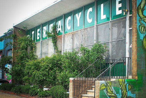 terracycle-front-of-building-women-of-green