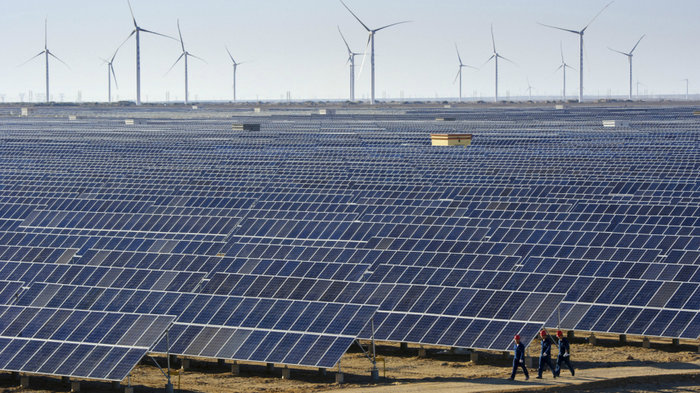 solar-wind-china-clean_energy_jobs_women_of_green