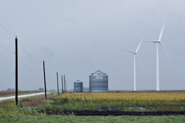 wind_turbines_great_plains_electricity_women_of_green