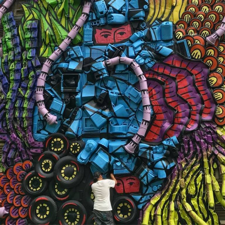 Transforming 660 Pounds of Plastic Debris Into Artwork